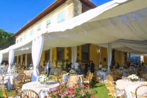 Villa Gamberaia event location in Tuscany